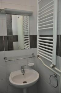 Studentski dom Foca - kupatilo 2